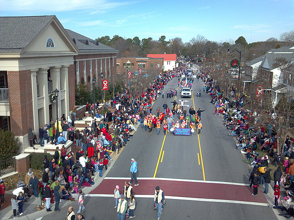Holly Springs Christmas Parade 2019 Holly Springs, NC   Official Website